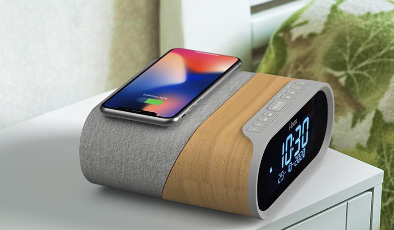 Daybreak Feature Wireless Charging copy